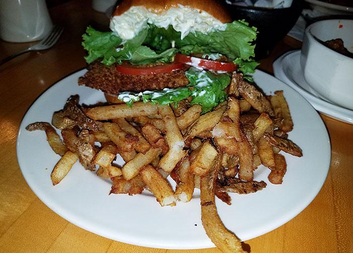 haddock-sandwich-Parsons-Restaurant-Barton-Vt