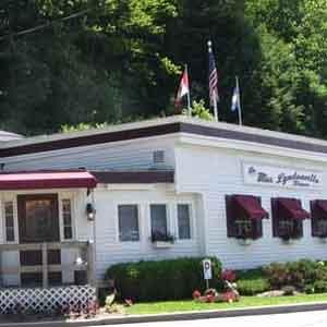 Mrs Lyndonville Diner Restaurant in Lyndonville Vt