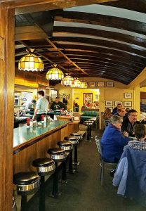 diner-car-look-at-Lyndonville-Vt-Diner