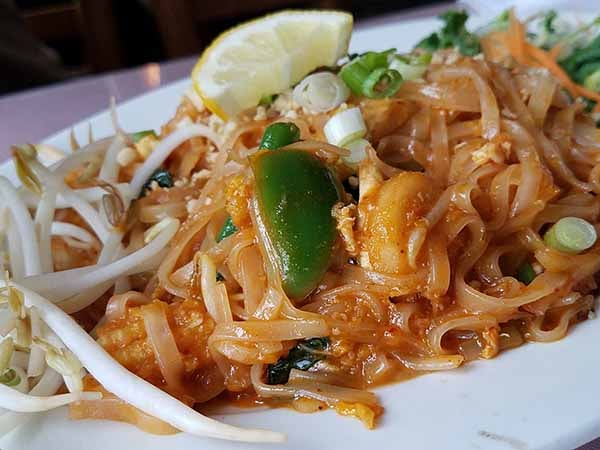 drunkin' noodles Thai Cuisine Restaurant in St. Johnsbury Vermont