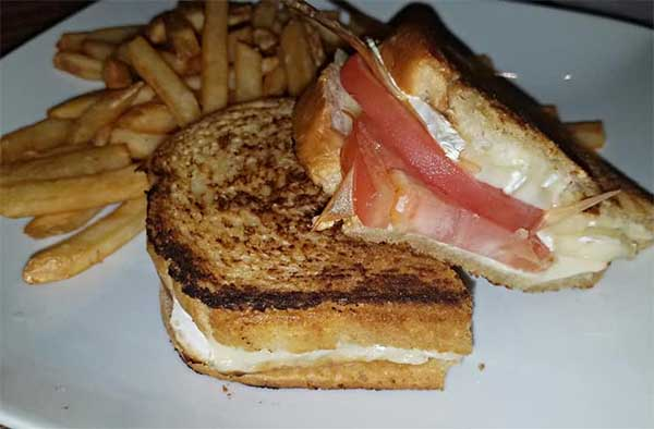 gourmet grilled cheese with brie and tomato from Newport VT restaurant