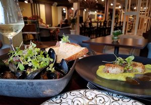 muscles-and-scallops-from-central-cafe-restaurant-in-saint-johnsbury-vt
